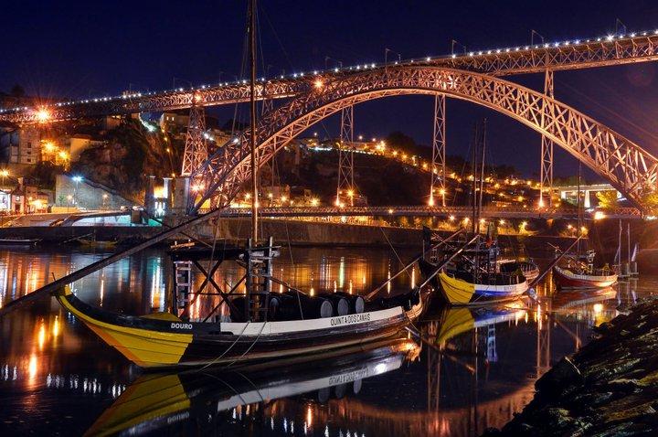 """Boston Globe elogia cidade """"que não existe para os turistas, mas os acolhe"""""""