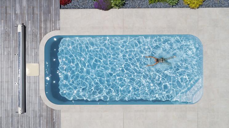 Casas com piscina: modelos perfeitos para as 4 estações do ano