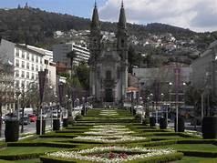 Forte procura em Guimarães leva promotores a trocar investimentos turísticos por habitação