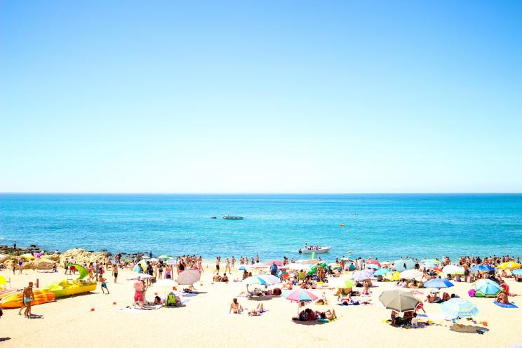 Como vão ser as férias de verão dos portugueses este ano?
