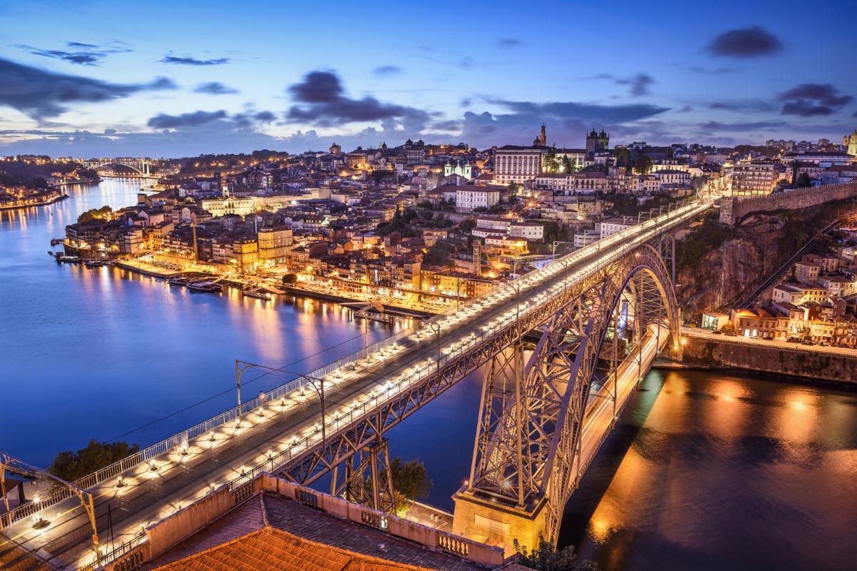 Alojamento Local no centro histórico do Porto: novos registos já estão suspensos
