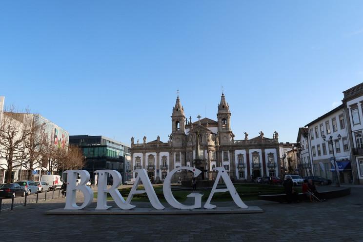 "Braga, Amadora e Gaia a ""todo o vapor"": preço das casas dispara mais de 20%"