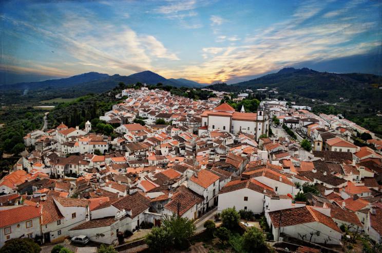 Os 10 municípios mais baratos (e mais caros) para comprar casa em Portugal