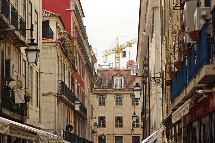 Lisboa e Porto asseguram serviços de urbanismo durante o estado de emergência
