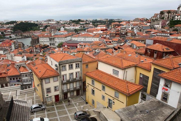Câmara do Porto avança com programa para reconverter imóveis de AL para arrendamento habitacional
